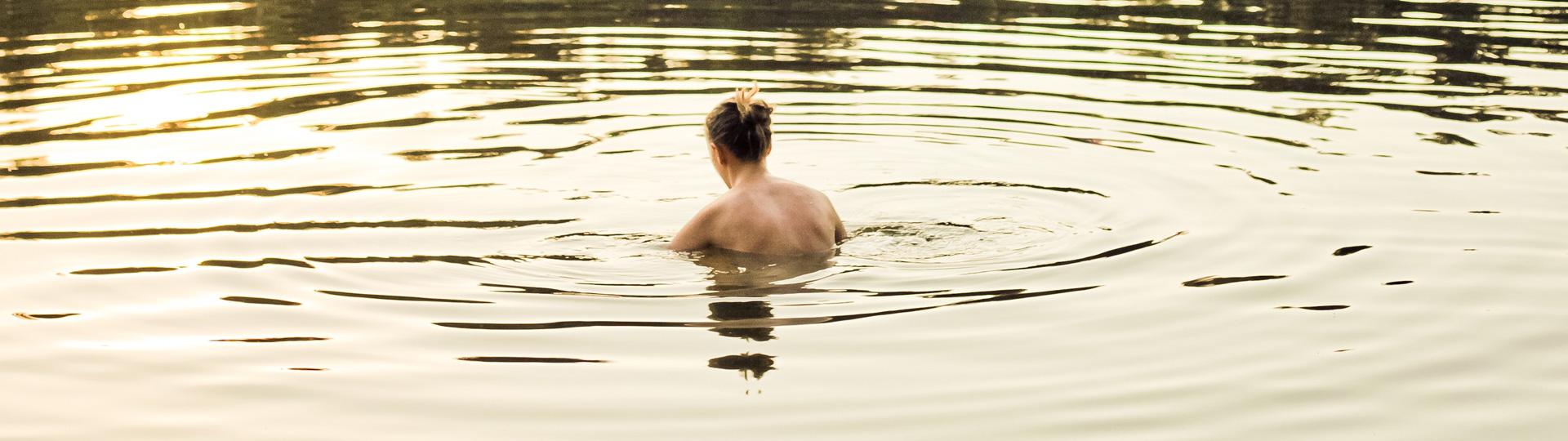 Regel bei der Benutzung eines Schwimmteichs